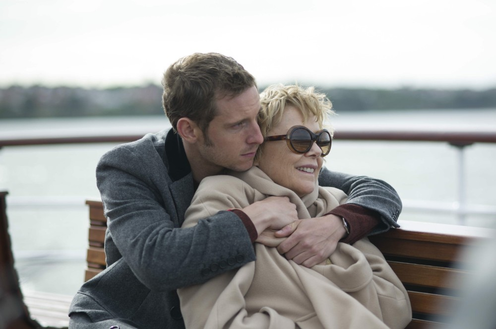 film_stars_dont_die_jamie_bell_and_annette_bening_courtesy_s