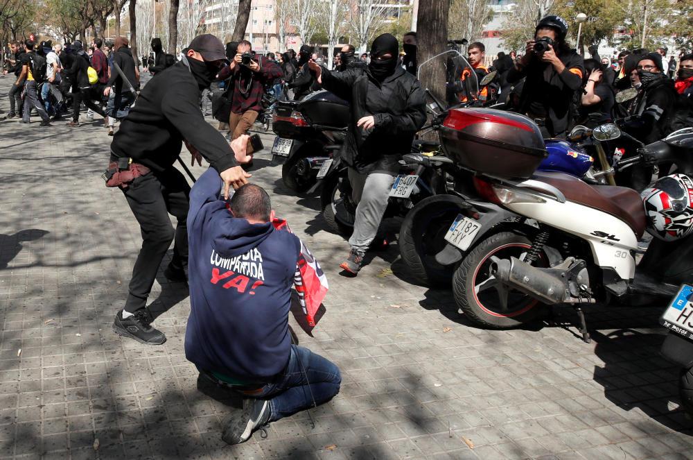 protestas-acto-vox.-15_g