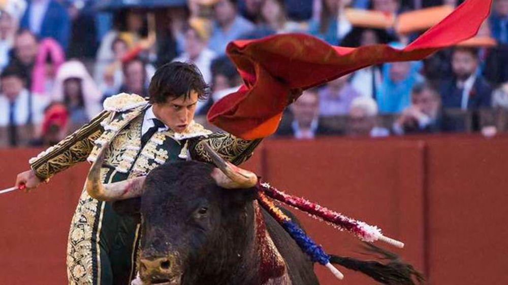 diestro-peruano-Andres-Roca-Rey_1900319971_4231589_1300x731